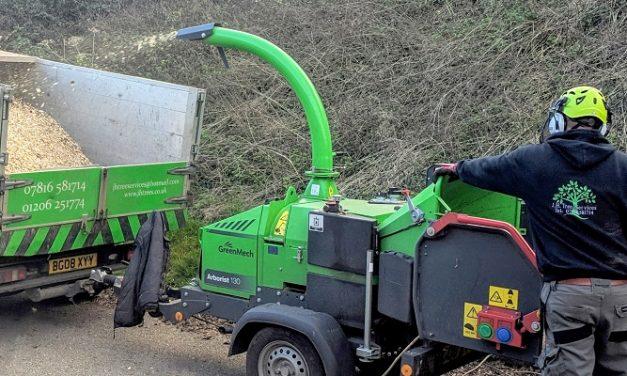 GreenMech chipper wins backing of Essex arborist